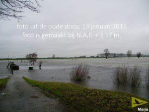 2011-01-13 hoog water